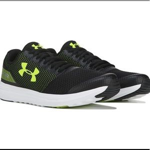 UNDER ARMOUR Boys Surge Black/Neon. Sneakers/Shoes